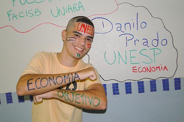 Aprovado em Economia na UNESP